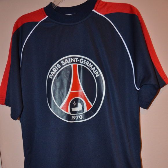 996576cd419 ... PSG Soccer Futbol Jersey. M 5a762526a825a69ac5f367d0